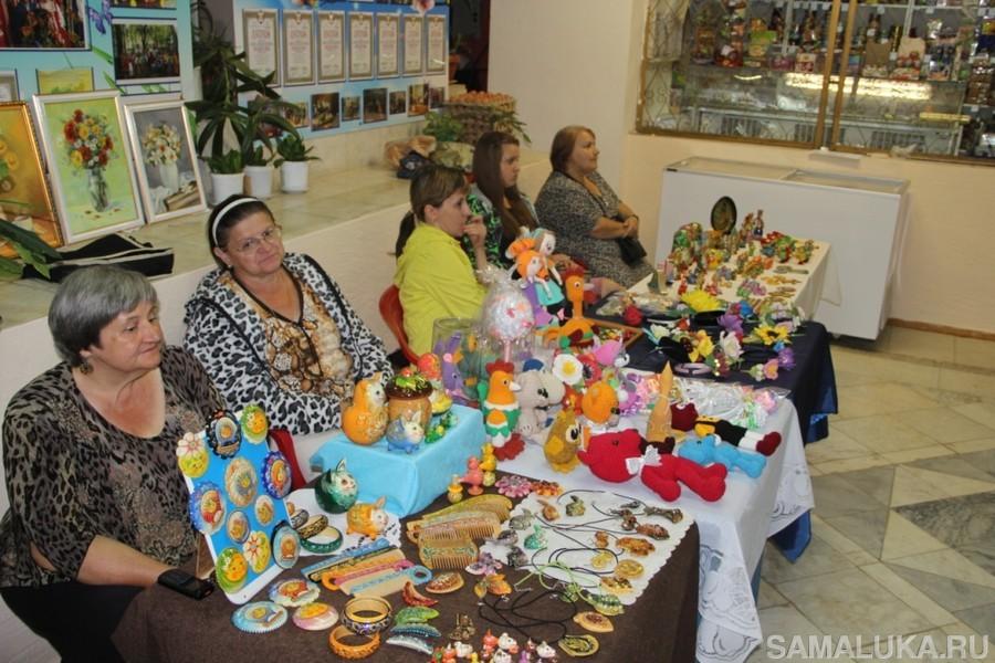 Выставка-продажа сувениров в Ширяево